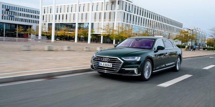 Audi electrifica al A8 L 60 TFSI