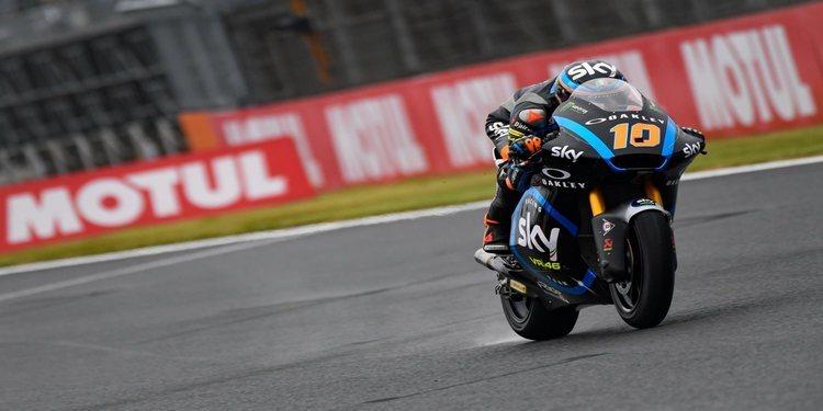 Victoria desde la pole de Luca Marini en Moto2