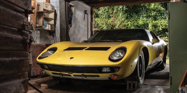 Lamborghini Miura, un deportivo extraño pero llamativo