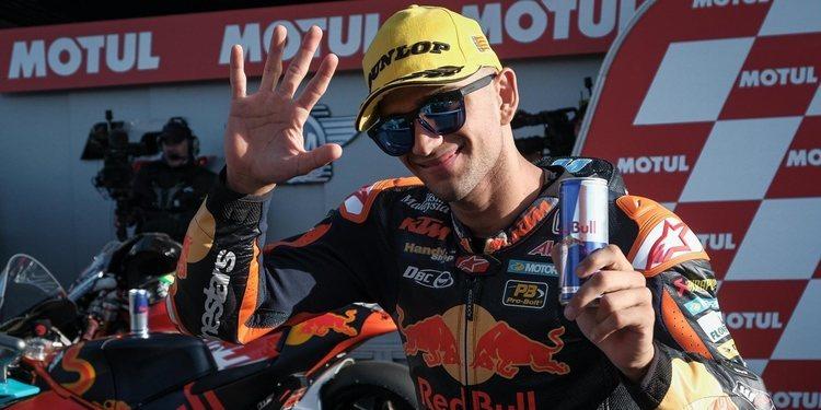 Binder se lleva la  victoria en su última temporada en Moto2