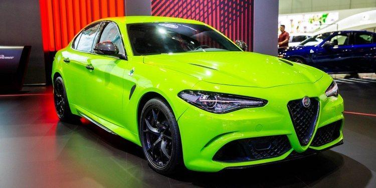 Alfa Romeo Giulia Quadrifoglio Neon-Green