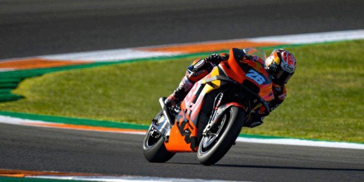 Dani Pedrosa marca el ritmo en el primer día de MotoGP en Sepang