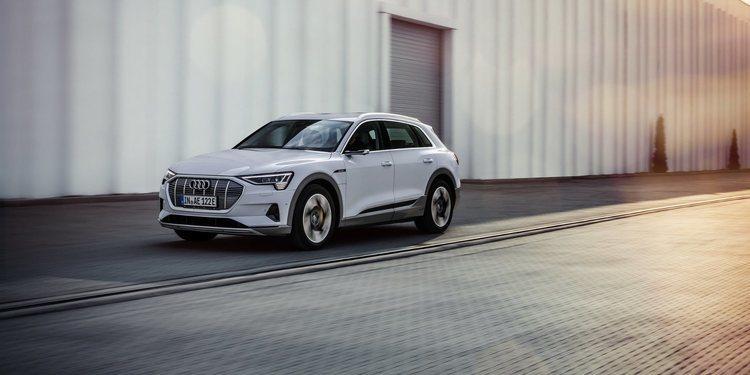 El Audi E-Tron 50 llega a Reino Unido con nivel de acceso