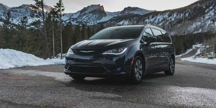 Chrysler lanza nueva Pacifica 2020 con AWD