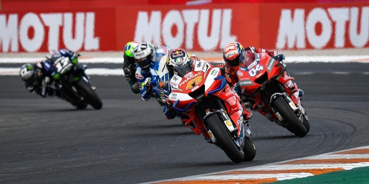 Baile de fichas en MotoGP