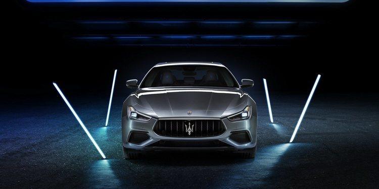 Maserati presentó el Ghibli Hybrid 2021
