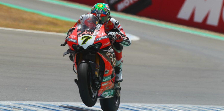 El futuro de Chaz Davies podría estar fuera de Ducati - Motor y Racing