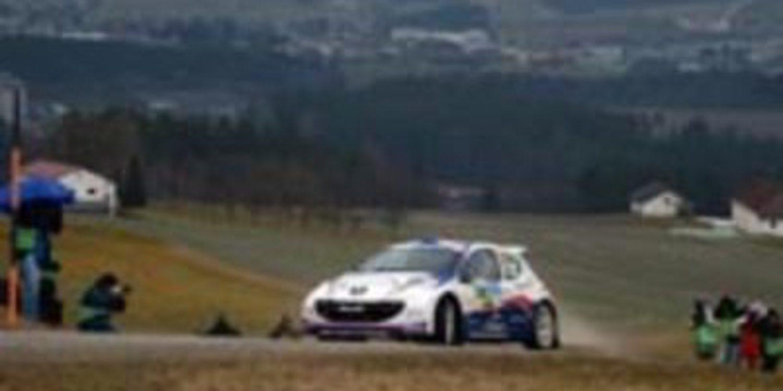 Jan Kopecky domina el shakedown del Jänner Rally del ERC