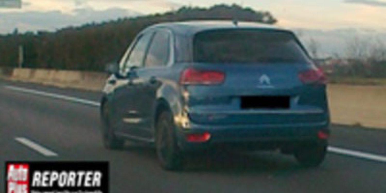 El nuevo Citroën C4 Picasso de paseo sin camuflaje
