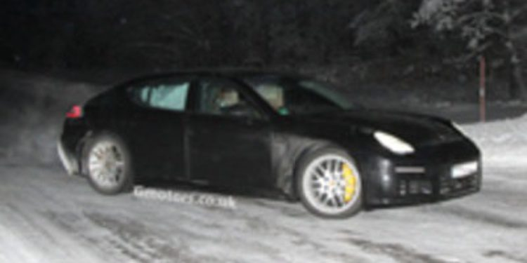 El restyling del Porsche Panamera, de pruebas bajo el frío