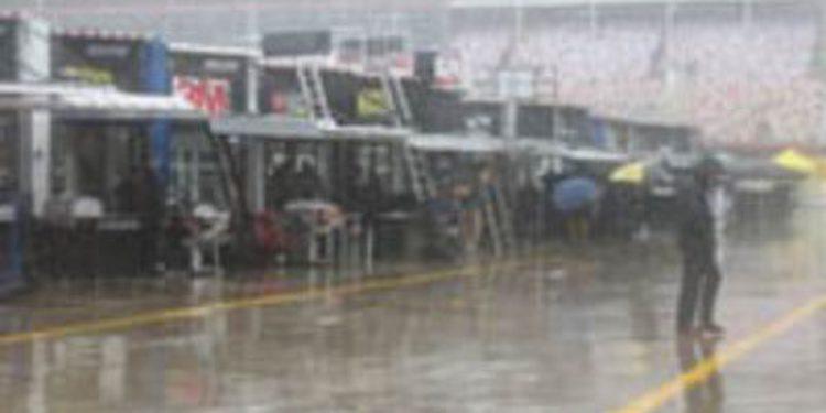 Los test de la Gen6 de Nascar Sprint Cup comienzan con intensas lluvias