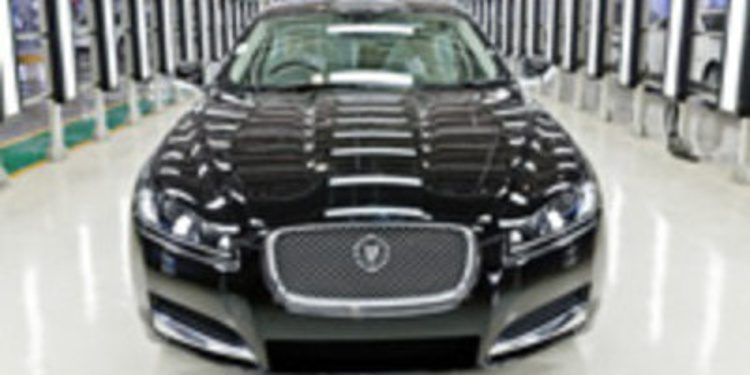 Jaguar traslada parte de la producción del XF a la factoría India de Pune