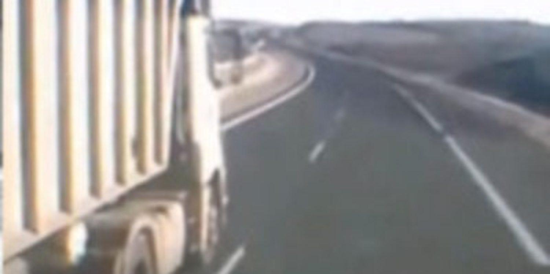 Un camionero denuncia un adelantamiento que casi acaba en tragedia