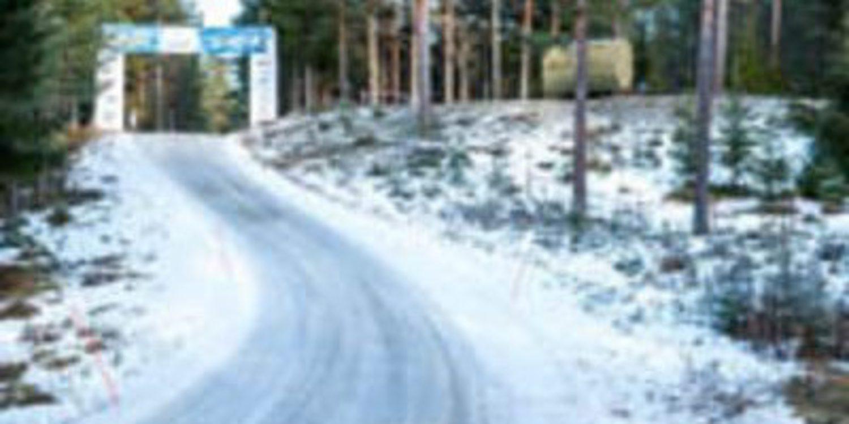 La nieve es remolona en su visita al Rally de Suecia