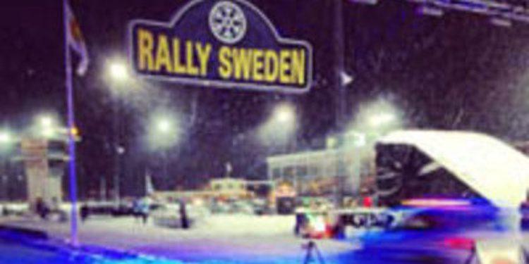 Sebastien Loeb lidera el Rally de Suecia al vencer los duelos de Karlstad