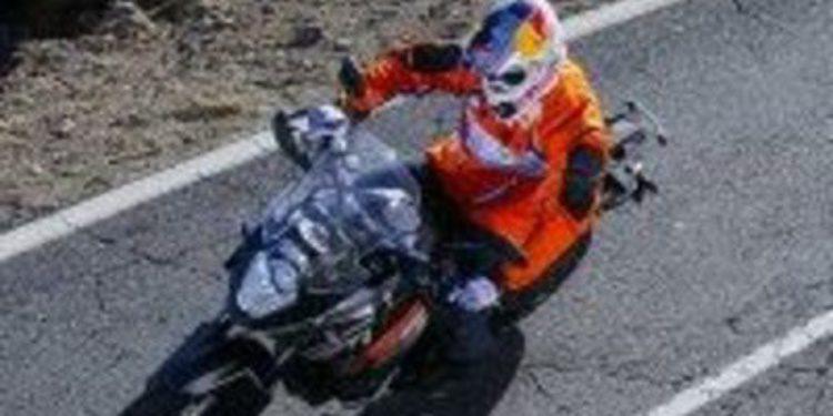 Fotos de Cyril Despres sobre la KTM Adventure 1190