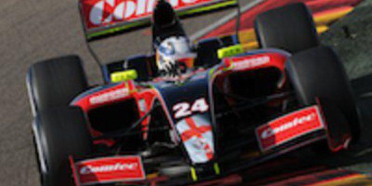 Daniil Move y Lucas Foresti en la Fórmula Renault 3.5 con Comtec