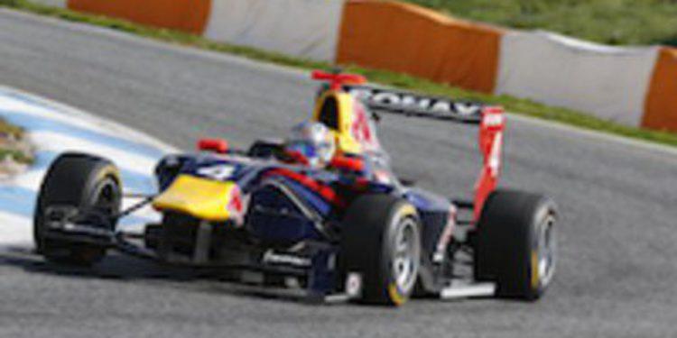 Sainz repite tiempo más rápido en los test de GP3 en Estoril