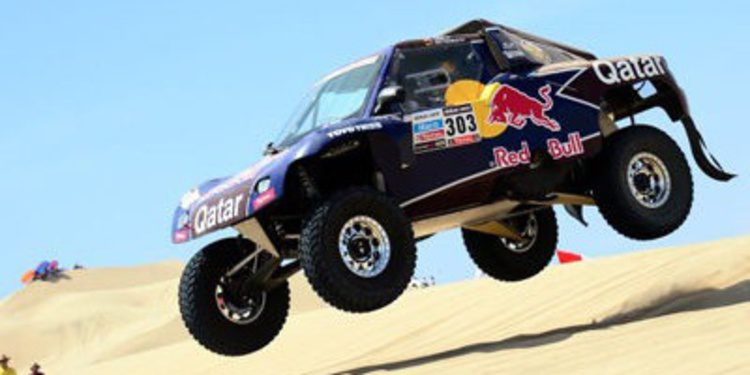 Carlos Sainz con Red Bull Catar Team en el Dakar 2014