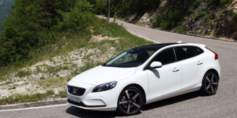 Volvo actualiza y mejora el V40