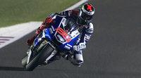 Jorge Lorenzo y Yamaha dominan el inicio en Catar