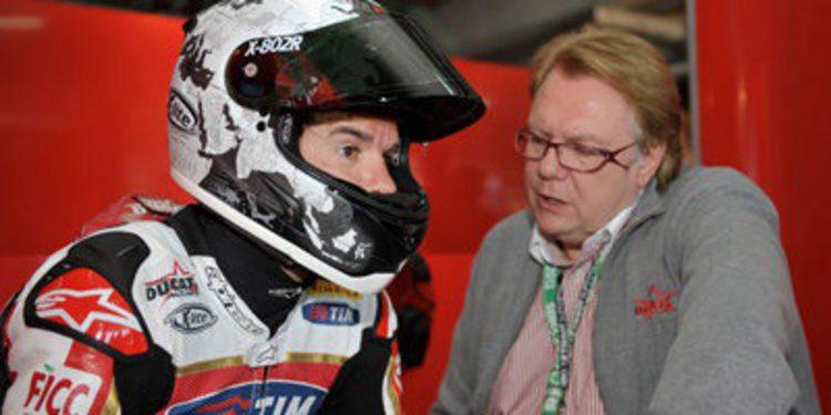 Ducati y Carlos Checa se quedan en Jerez de test