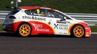 Yvan Muller lidera la segunda sesión libre
