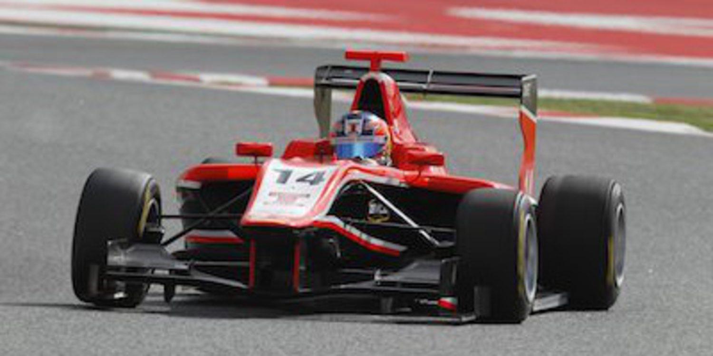 Tio Ellinas se lleva la victoria de GP3 en Barcelona