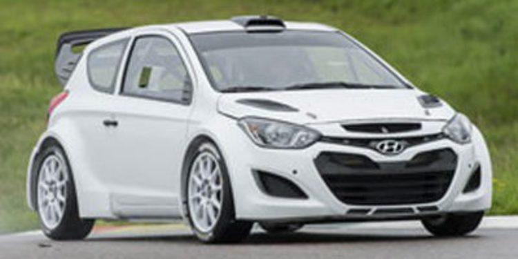 Hyundai prueba su i20 WRC con configuración 2014