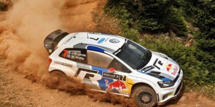 Jari-Matti Latvala se escapa en la 2ª etapa del Acrópolis Rally