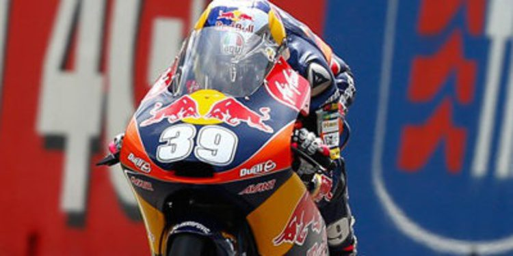 Luis Salom gana como más listo de Moto3 en Mugello