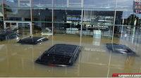 Concesionario alemán de Jaguar arrasado por las inundaciones