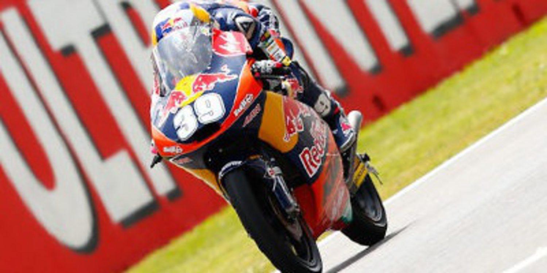 Luis Salom arranca fuerte los FP1 de Moto3 en Montmeló