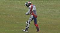 Jorge Lorenzo sufre una caída y se fractura la clavícula en Assen