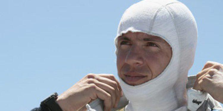Julien Ingrassia, el copiloto de Ogier, se lesiona