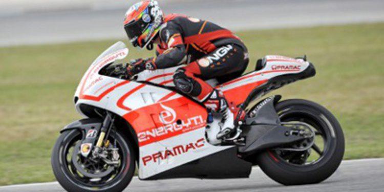 Test de Alex de Angelis con la Ducati GP13 en Misano