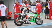 Stefan Bradl lidera el primer dia del test MotoGP en Argentina