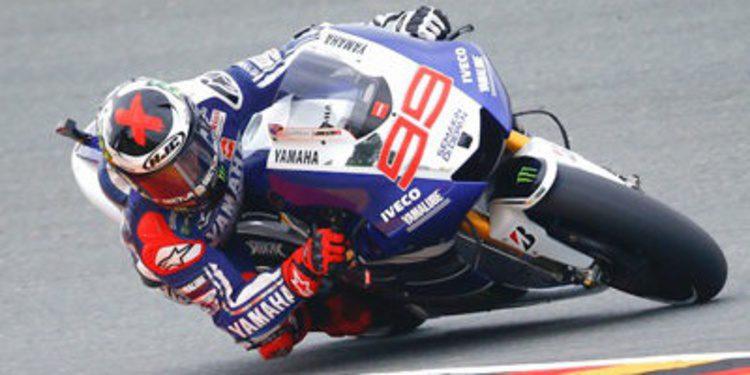 Jorge Lorenzo manda en los FP1 MotoGP de Sachsenring