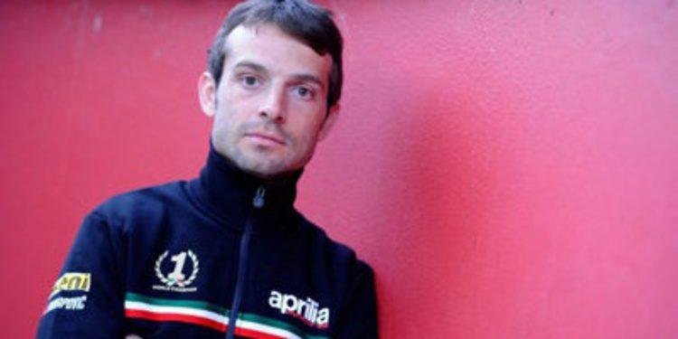 Sykes, Checa y Guintoli, campeones divergentes en Moscú