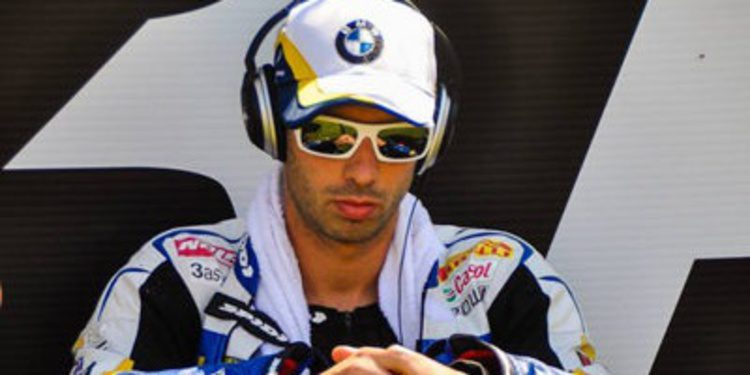 Marco Melandri avisa en los FP1 de WSBK en Moscú