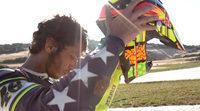 Valentino Rossi también disfruta con el dirt track