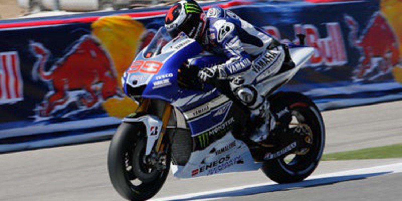 Cuatro pilotos por equipo oficial en MotoGP 2014