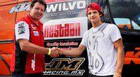 Aleksandr Tonkov firma por el equipo oficial Husqvarna