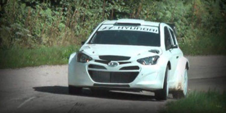 Hyundai Motorsport y más test del i20 WRC en asfalto