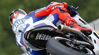 Jorge Lorenzo manda en los FP1 de MotoGP en Brno