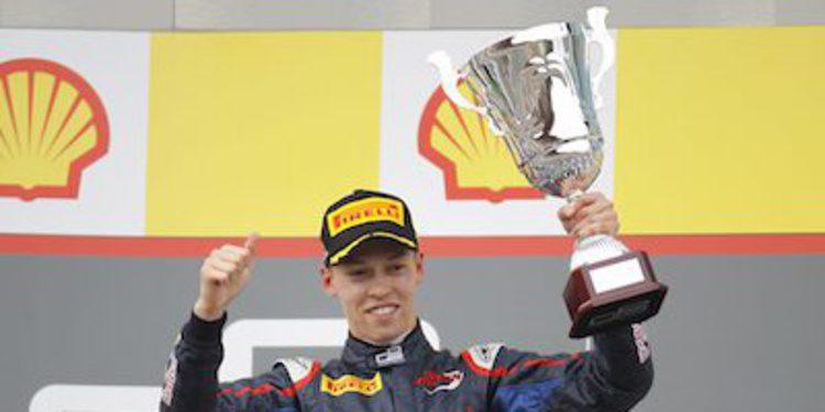 Kvyat logra su primera victoria en GP3 en Spa