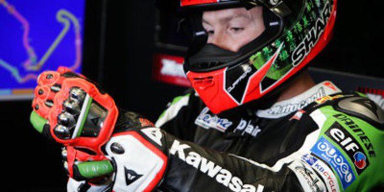 Tom Sykes estrena los FP1 WSBK en Nürburgring