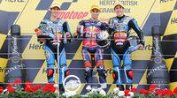 Luis Salom gana la carrera de Moto3 en Silverstone