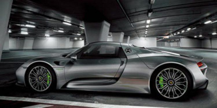 El Porsche 918 Spyder se presenta con sorpresa