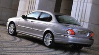 Jaguar renueva la plataforma de aluminio para el X-Type
